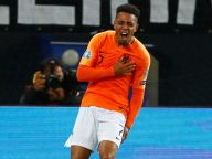 Barcelona eye Donyell Malen as Memphis Depay alternative?